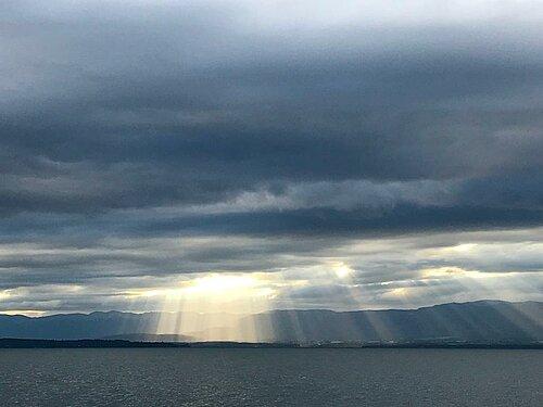 Lumière qui perce les nuages, photo : Tania Netz