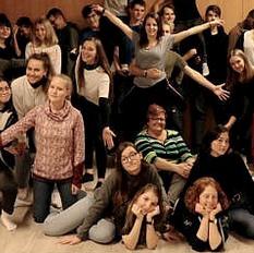 Photo de groupe de jeunes catéchètes